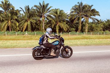 Harley-Davidson Iron1200 highway