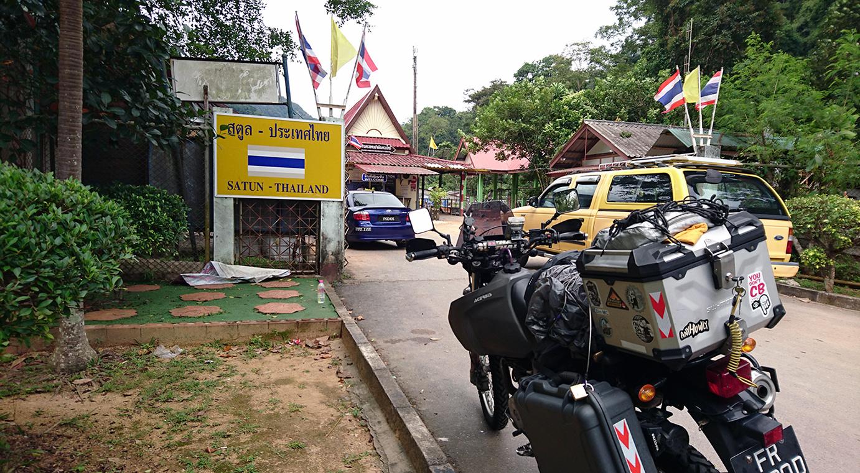wang kelian checkpoint